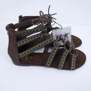 c78f9839a39c44 Muk Luks Shoes - Muk Luks Gladiator Sandals 7
